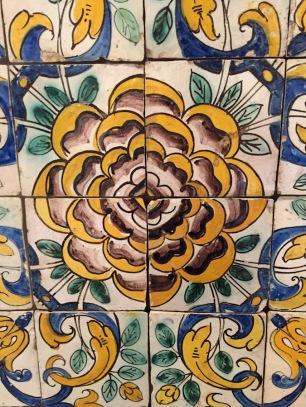 Camellia pattern.